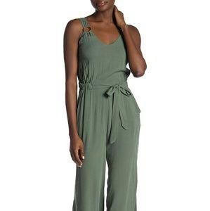 NWT Women's Green Jumpsuit (w/ pockets!)